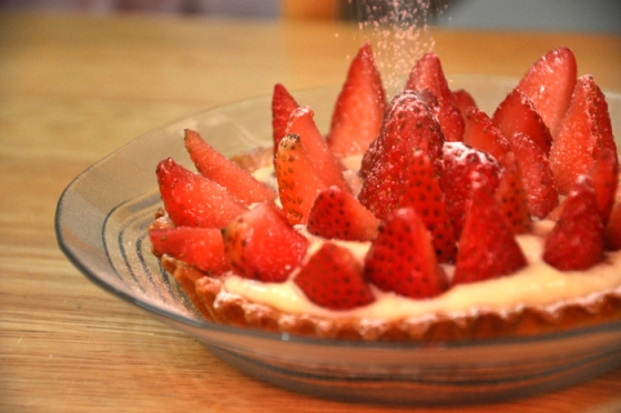 تارت الفراولة بنينة ساهلة بالصور strawberry-tart-20-e280ab.jpg?w=560